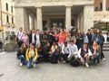 photo de groupe à Padova devant le caffé Pedocchi v