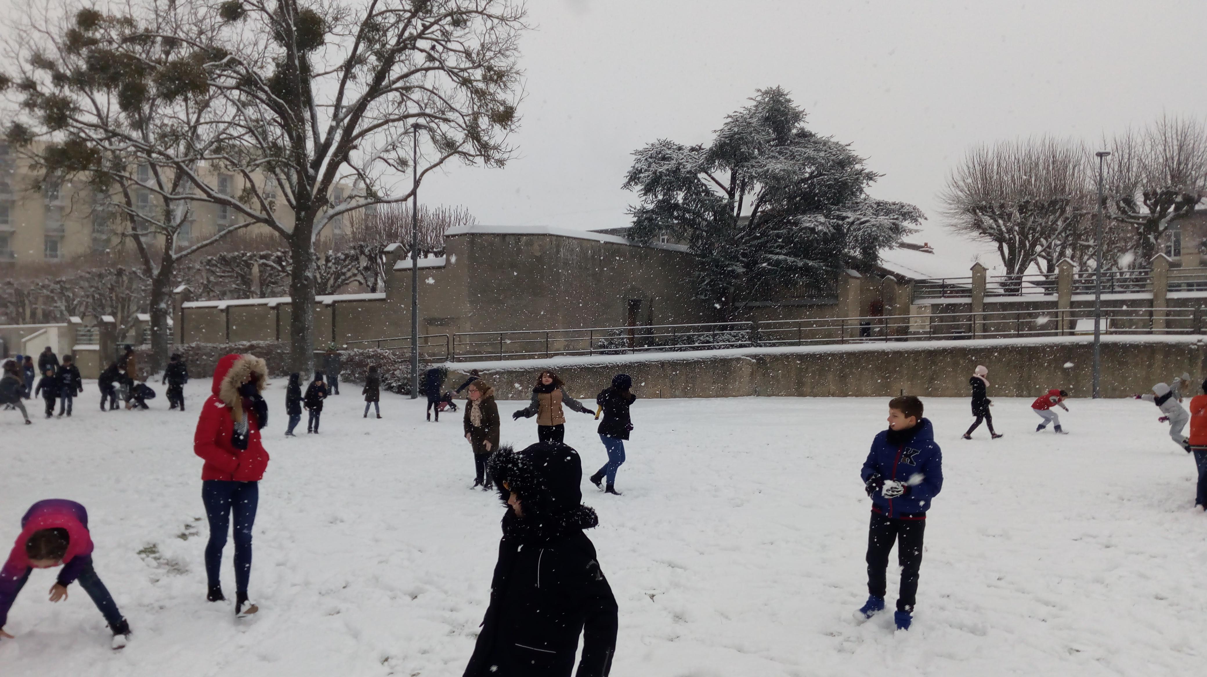 Neige ecole l mentaire pommery reims - Ren des neige ...